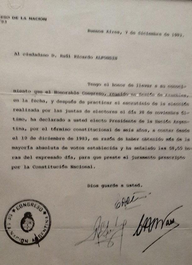 Carta del Congreso a Raul Alfonsin