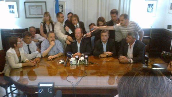Conferencia de Prensa UCR nisman